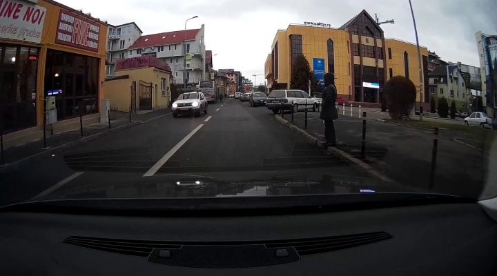 Aproape accident cu un pieton – Brasov 2016