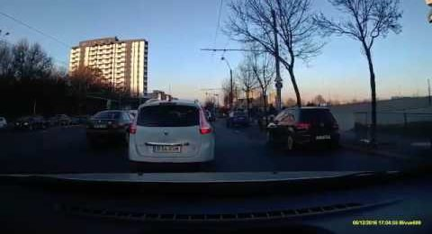 Accident auto 5 Dec 2016 Bucuresti Calea Vacaresti