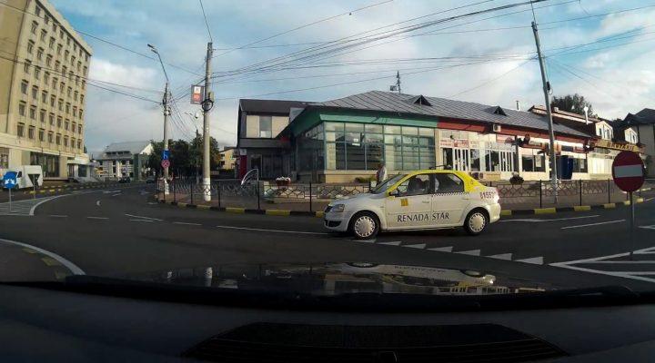 un jeg de taximetrist ~ aproape poc !