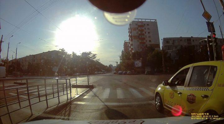 Taxi+BMW=rosu