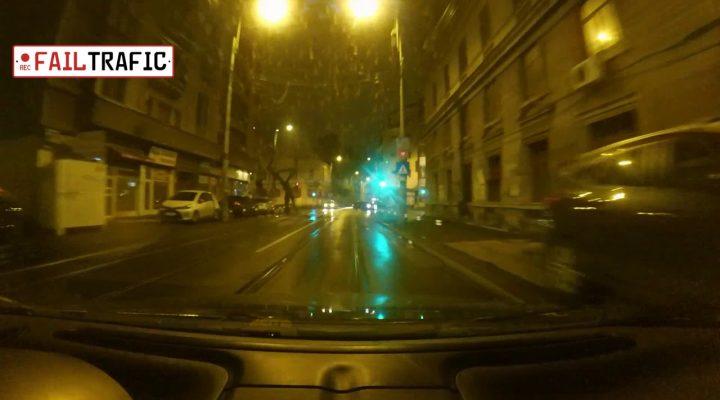 Aproape poc de cateva ori + taxiul pieton
