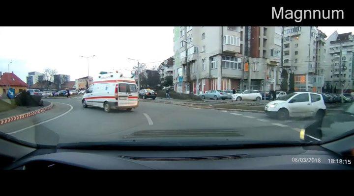Cum ajutăm ambulanţa