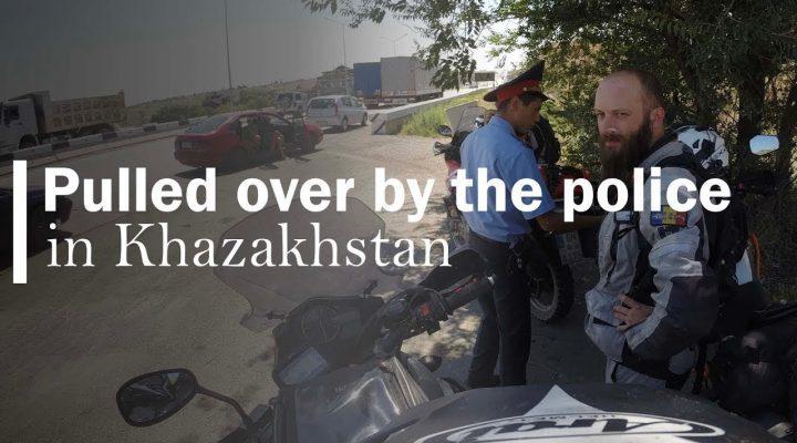 Vezi cum sunt drumurile prin Kazakhstan. Spoiler – da, e mai rau ca la noi…