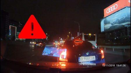 Accident în lanţ – Femeie la volanul unui SUV loveşte două maşini