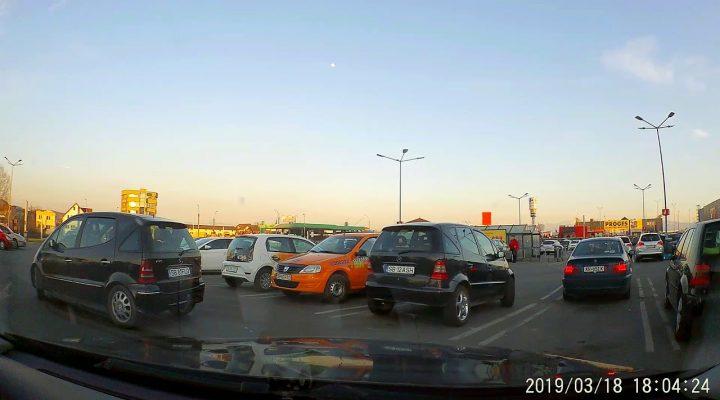 #4 Dupa accident 4 masini + alte categorii de persoane in trafic
