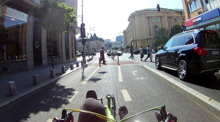 Azi accident bicicleta langa Ateneul Roman